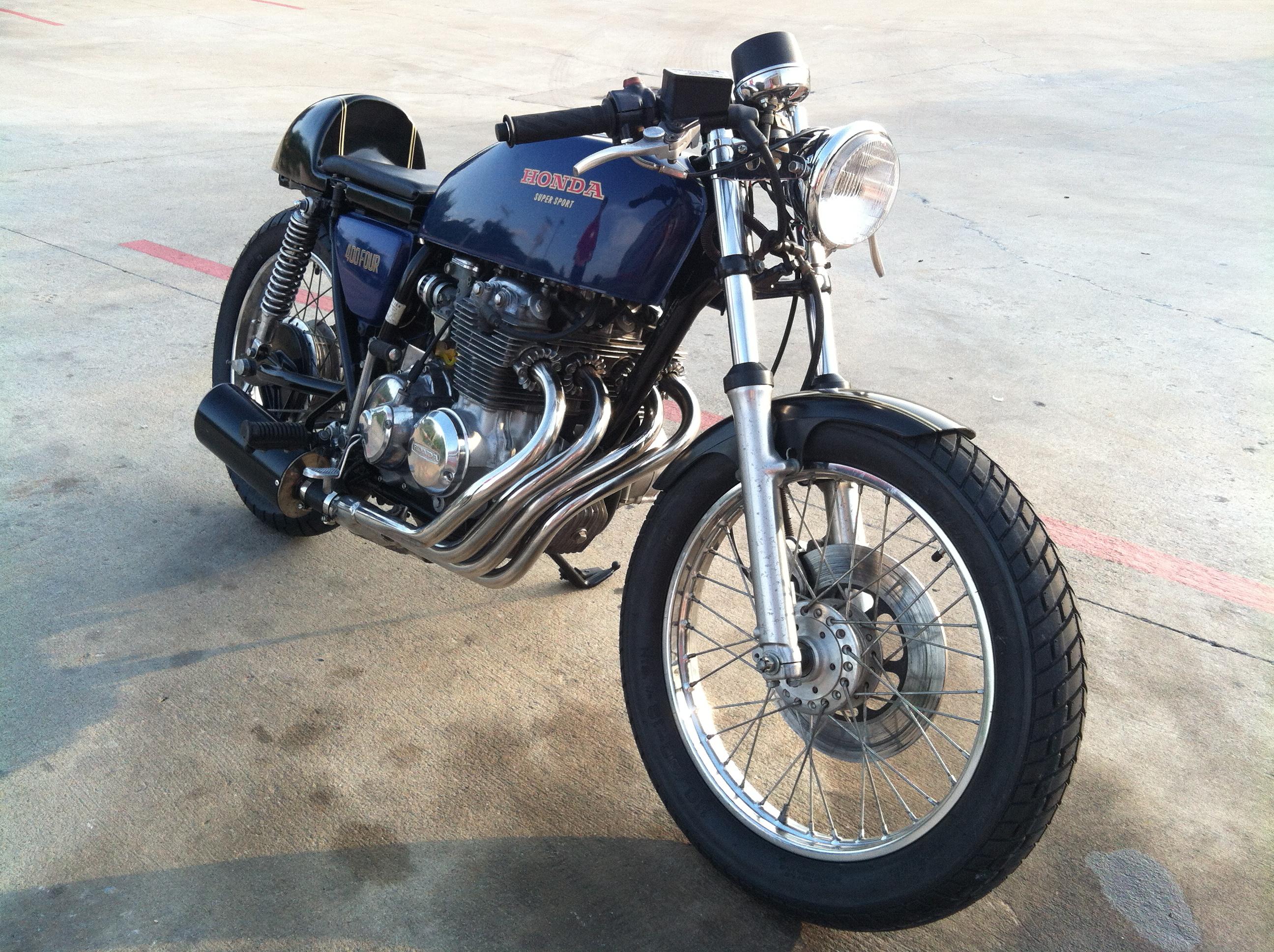 honda cb400f caferacer one up moto garage. Black Bedroom Furniture Sets. Home Design Ideas